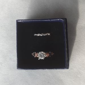 Silvertone fashion ring set